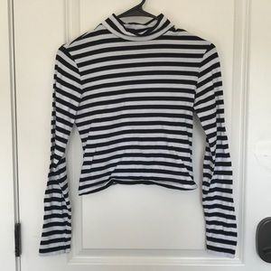 Ambiance M Stripped crop top